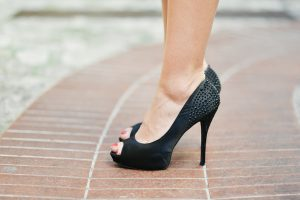 Do high heels cause bunions?